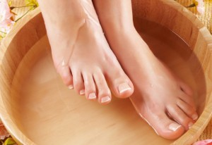 Ванночка для ног красивые ноги