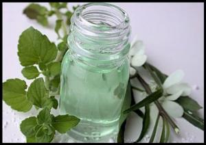 Травяной домашний лосьон для лица